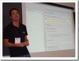 Ramon Durães palestrando sobre Team Foundation Server 2012 no TDC 2012 em São Paulo