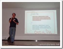 Ramon Durães palestrando sobre Visual Studio / Team Foundation Server na Uniban em São Paulo