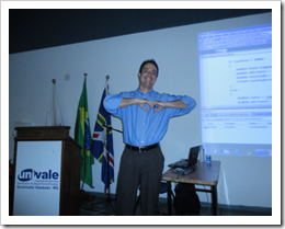 Ramon Durães palestra na Palestra TFS/ALM na Univale em Governador Valadares